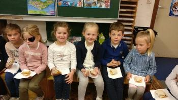 1ste communie brood delen_6